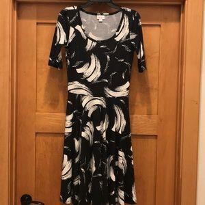 Lularoe black and white brush stroke dress